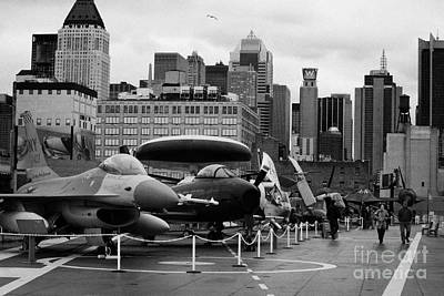 View Of Manhattan From The Flight Deck Of The Uss Intrepid At The Intrepid Sea Air Space Museum Art Print by Joe Fox