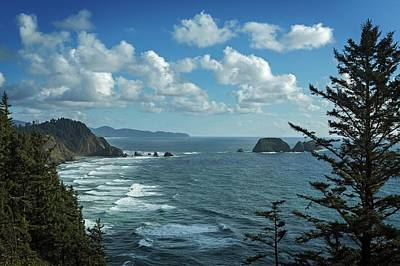 Clouds Over Sea Photograph - View Of Pacific Ocean From Cape Meares by Macduff Everton