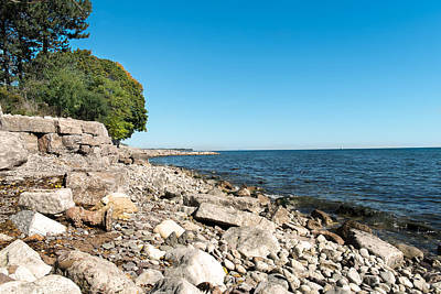 Photograph - Lake Ontario by Boris Mordukhayev