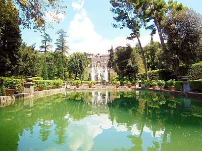 Photograph - Villa Este Reflections by Marilyn Dunlap