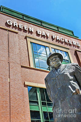 Photograph - Vince Lombardi Statue Lambeau Field by David Perry Lawrence