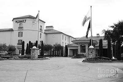Vineyard Creek Hyatt Hotel Santa Rosa California 5d25787 Bw Art Print by Wingsdomain Art and Photography