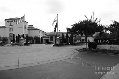 Vineyard Creek Hyatt Hotel Santa Rosa California 5d25789 Bw Art Print by Wingsdomain Art and Photography