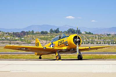 Photograph - Vintage Aircraft 9 by Richard J Thompson