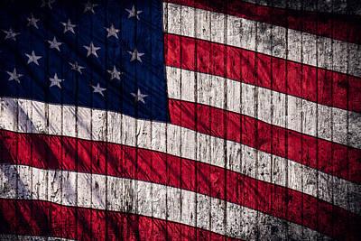 Vintage American Flag Art Print by Leslie Banks
