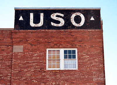 Mexico Photograph - Vintage Americana Uso Building Sign In Deming New Mexico  by Shawn O'Brien