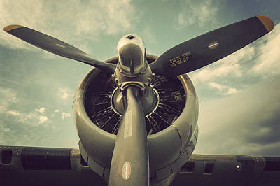 B17 Photograph - Vintage B-17 Flying Fortress Propeller by Terry DeLuco