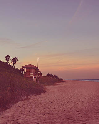 Sign In Florida Photograph - Vintage Beach Hut by Laura Fasulo