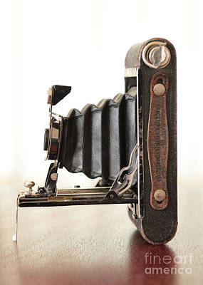 Photograph - Vintage Camera by Carol Groenen