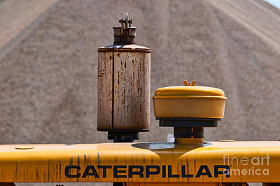 Photograph - Vintage Caterpillar Machine by Les Palenik