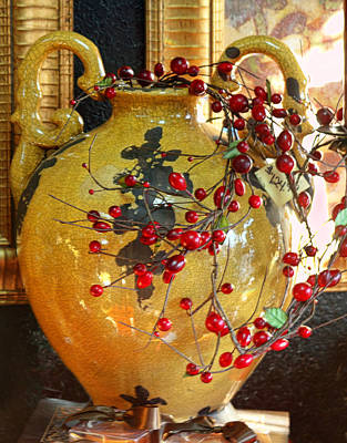 Vintage Ceramic Urn Art Print by Linda Phelps