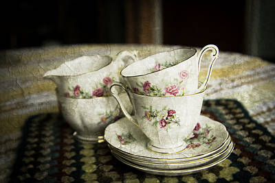Photograph - Vintage China by Lesley Rigg