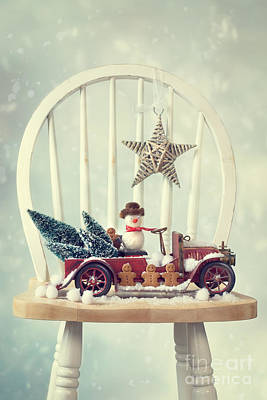 Retro Car Photograph - Vintage Christmas Truck by Amanda Elwell