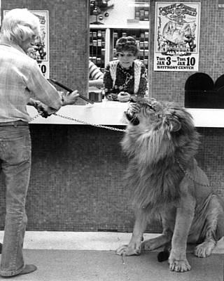 Vintage Circus Lion At The Bank Art Print
