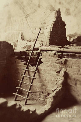 Photograph - Vintage Cliff Dwelling by Jackie Farnsworth