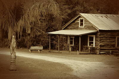 Photograph - Vintage Cracker House by Ronald T Williams