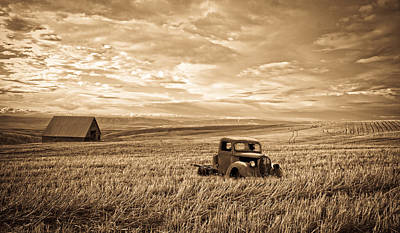 Photograph - Vintage Days Gone By by Steve McKinzie