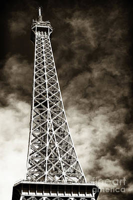 Photograph - Vintage Eiffel Tower by John Rizzuto