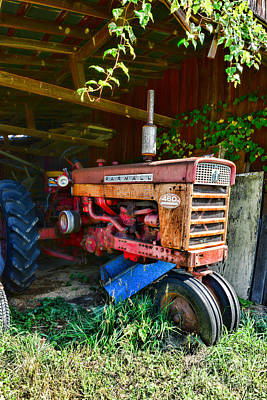 Farm In Woods Photograph - Vintage Farmall Tractor by Paul Ward