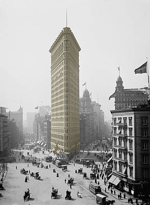 Photograph - Vintage Flatiron Building 1 by Andrew Fare