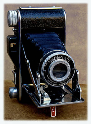 Photograph - Vintage Foldex 20 Camera by James C Thomas