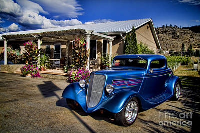 Vintage Ford Coupe At Oliver Twist Winery Art Print by David Smith