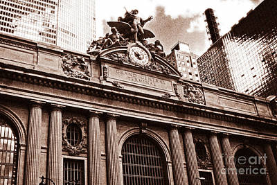Vintage Grand Central Terminal Art Print by John Rizzuto