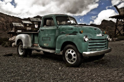 Old Chevrolet Truck Photograph - Vintage Green Chevrolet Truck by Gianfranco Weiss