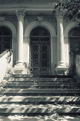 Photograph - Vintage House With Corinthian Columns by Vlad Baciu