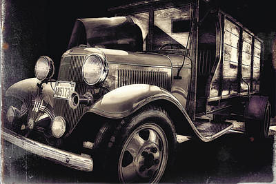 Photograph - Vintage Ice Truck by Ray Still