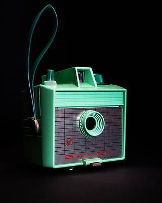 Vintage Camera Photograph - Vintage Imperial Savoy Camera by Jon Woodhams