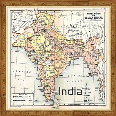 Photograph - Vintage India Map by Florene Welebny