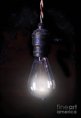 Vintage Lightbulb Art Print