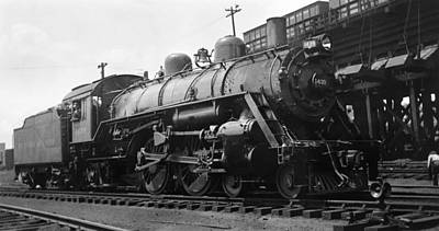 Photograph - Vintage Locomotive by Henri Bersoux