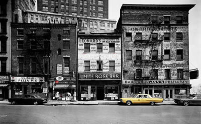 Checker Cab Photograph - Vintage New York 1 by Andrew Fare