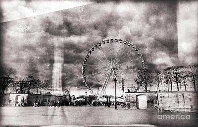Photograph - Vintage Place De La Concorde by John Rizzuto