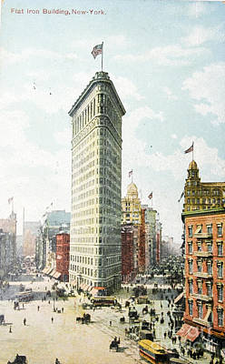 Digital Art - Vintage Postcard Of Flatiron Building In New York by Patricia Hofmeester
