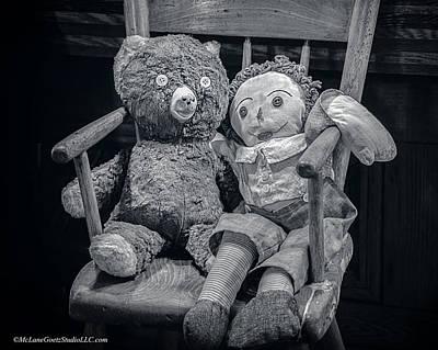 Yarn Photograph - Vintage Raggedy Ann And Teddy Bear by LeeAnn McLaneGoetz McLaneGoetzStudioLLCcom