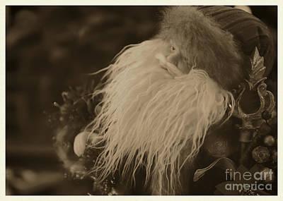 Photograph - Vintage Santa Claus by Olga Hamilton