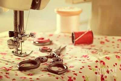 Photograph - Vintage Sewing Items by Amanda Elwell