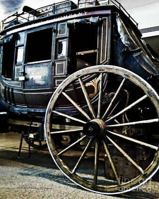 Photograph - Vintage Stagecoach by Richard J Thompson