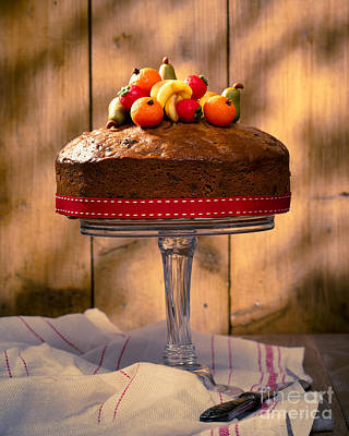 Dappled Light Photograph - Vintage Style Fruit Cake by Amanda Elwell