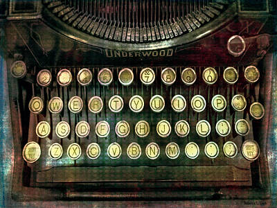Typewriter Keys Mixed Media - Vintage Underwood Typewriter by Bellesouth Studio