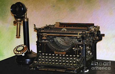 Photograph - Vintage Underwood Typewriter  by Liane Wright