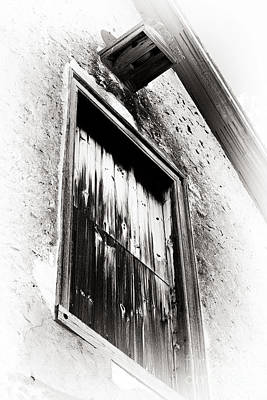 Brown Tones Photograph - Vintage Wooden Window by John Rizzuto