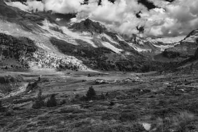 Photograph - Viola Valley by Roberto Pagani