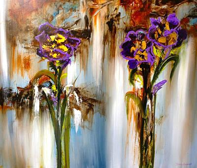 Floral Painting - Violetas Otonales by Thelma Zambrano