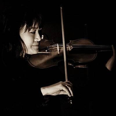 Music Photograph - Violinista #dallas #texas #music #violin by Luis Eduardo