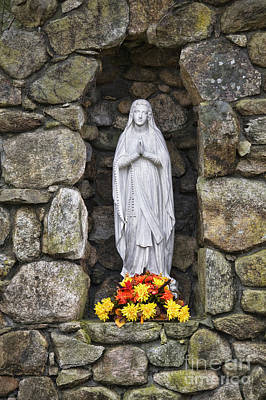 Photograph - Virgin Mary by Diane Macdonald