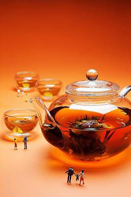 Photograph - Visiting Teapot Aquarium Little People On Food by Paul Ge